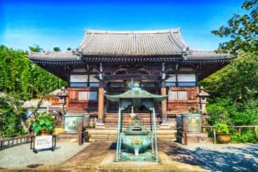 桂歌丸のお別れの会が行われた妙蓮寺と妙蓮寺ニコニコ会沿革の石碑