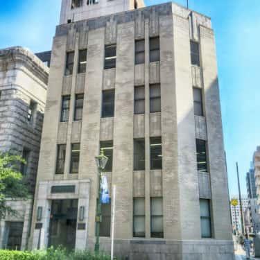 シンプルこそが美の馬車道大津ビル 旧東京海上火災保険ビル